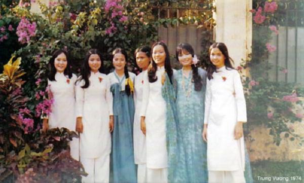 Đồng phục áo dài của nữ sinh Việt qua các thời kỳ  12042316