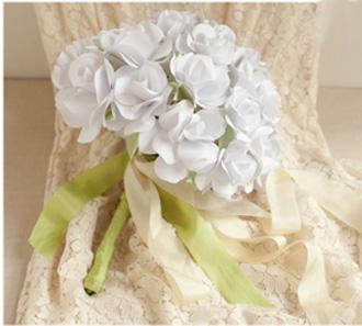 Bó hoa hồng bằng giấy trắng 12042820