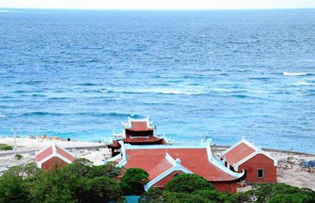 Những ngôi chùa hướng về biển Đông 18041116