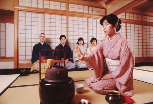 Những điều thú vị trong trà đạo của người Nhật  20042010