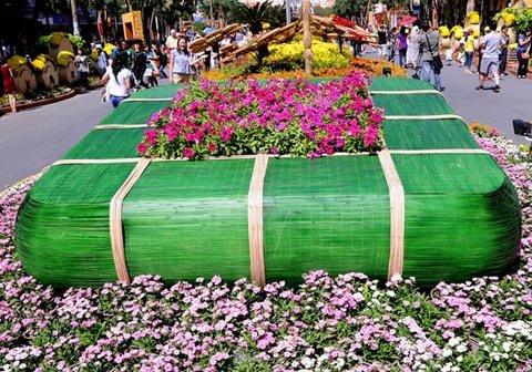 Đường hoa Nguyễn Huệ ngày Tết  20120117