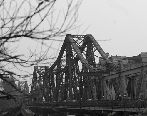 Vẻ đẹp cây cầu Long Biên 100 năm tuổi _htv0810