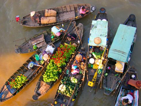 Chợ hoa nổi trên sông Cho-ho11