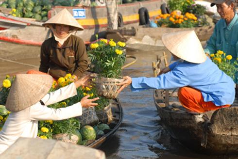 Chợ hoa nổi trên sông Cho-ho13