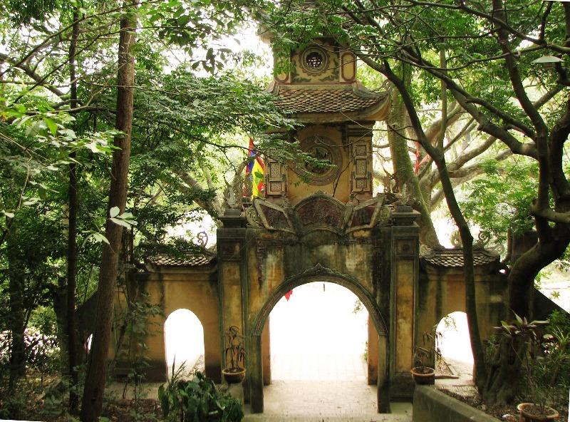 Bí mật ngôi đền cứ bước chân vào hậu cung là mất mạng Images34