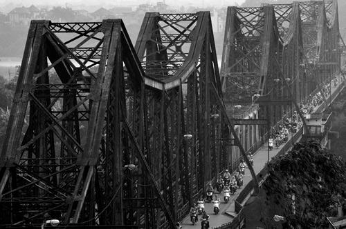 Vẻ đẹp cây cầu Long Biên 100 năm tuổi Nnk_7310