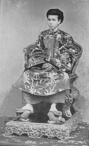 Hình ảnh Vua VN, thế kỷ 20 Vuadkz10