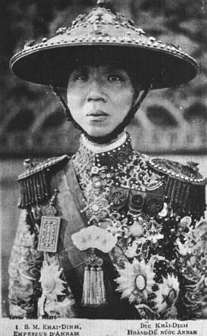 Hình ảnh Vua VN, thế kỷ 20 Vuakha10