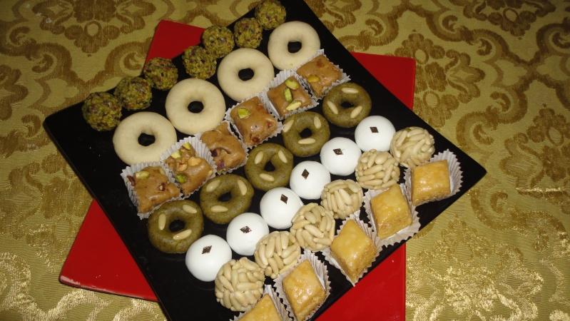 ملف الحلويات التونسية ( متجدد) Dsc00610