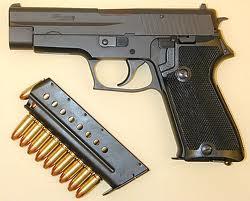 Armes de Poing/ Pistolets/ Armes de Défense Images12