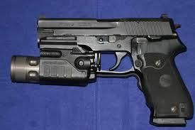 Armes de Poing/ Pistolets/ Armes de Défense Images14