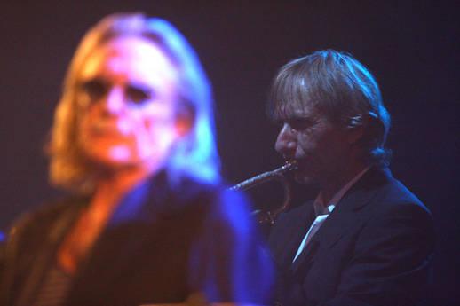 Rencontre : Le chanteur Christophe et le trompettiste Erik Truffaz Comment vous êtes-vous rencontrés ? Decb7c11