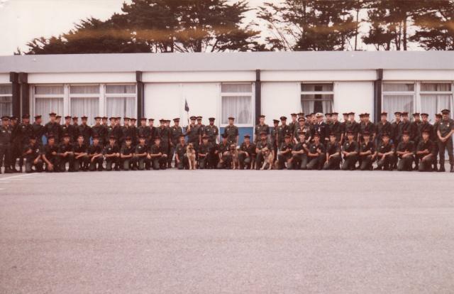 La C.P (Compagnie de Protection) de l' Île Longue Cp_ile15