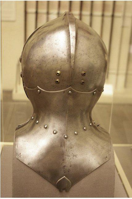 casque tournois XVth Lorenz11