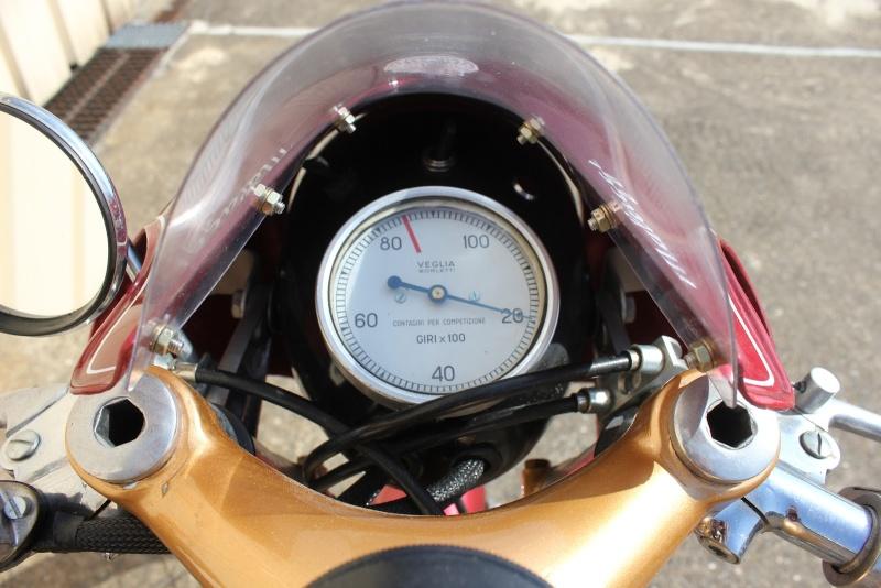 LA PLUS BELLE INSTRUMENTATION, COMPTEURS, TABLEAUX DE BORD. - Page 3 Ducati13