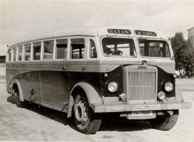 Autobuses de la Empresa Nacional Bazán Autobu10