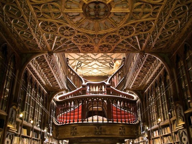 La librairie Lello et Irmao, Porto - Portugal 22-05-10