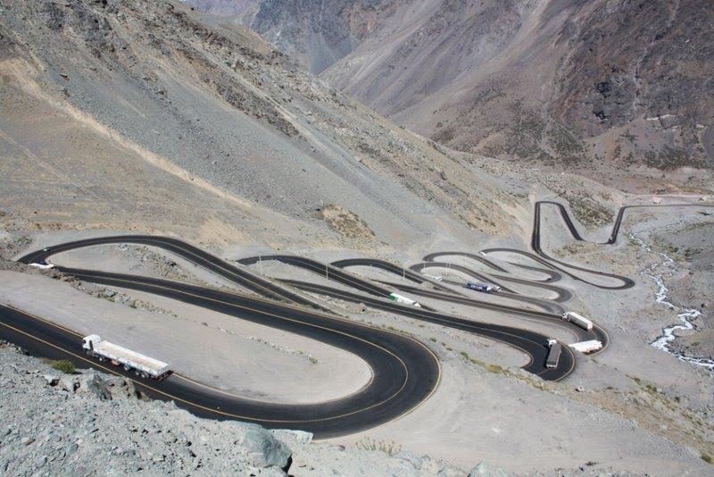 Lacets - province de Los Andes - Chili 23722210