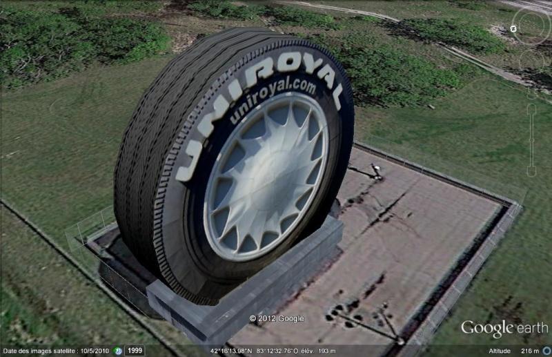 Quelqu'un a besoin d'un pneu ? Un modèle géant d'Uniroyal à Detroit, Michigan - USA 3d10