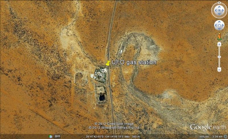 "[Australie] - Station service ""UFO"" Ge_ufo10"