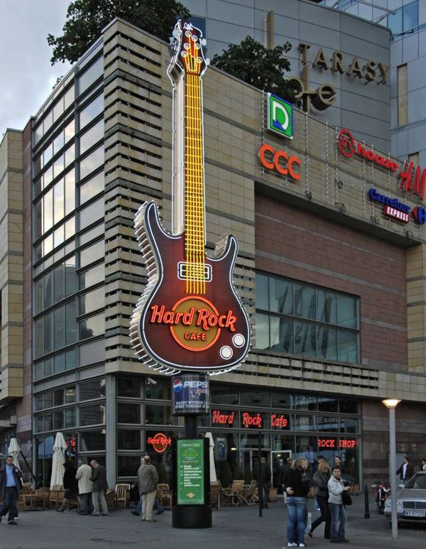 "Enseignes ""Hard Rock Cafe"" dans le monde Guitar11"
