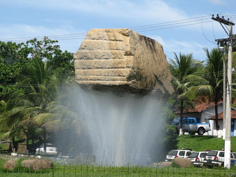 Croisement de la pierre - Santo Antonio de Padua - Brésil Water10