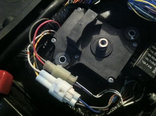 [TUTO] Suppression moteur de valve Kawasaki sans voyant FI Img_1526