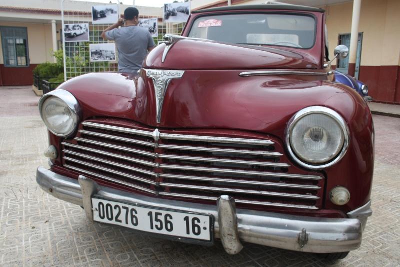 Les anciennes voitures à l'honneur à Dellys. Voit610