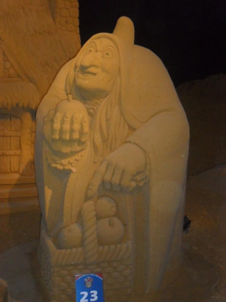 Blankenberge: Sculpture de sable Festival 2011 (belgique) - Page 4 Sam_2714