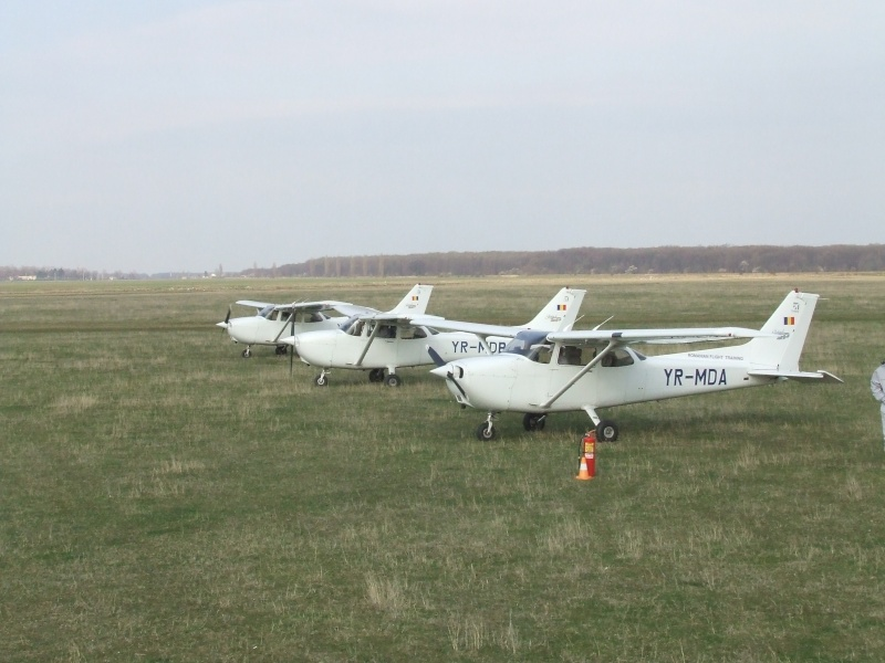 Avioane de agrement Dscf8310