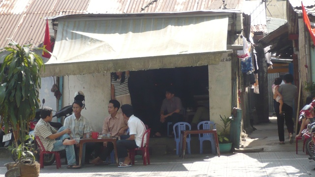 CAFE CÓC,  đường NGUYỄN TRƯỜNG TỘ. Cfcntt12