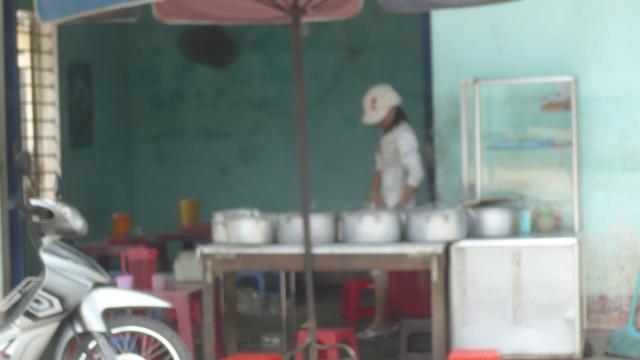 Chè Huế, địa chỉ 315, đường NGUYỄN TRÃI. P1120315