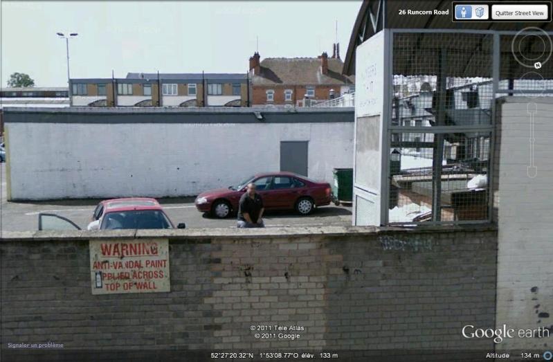 STREET VIEW : quand la Google Car attise l'obscénité J_me_g10