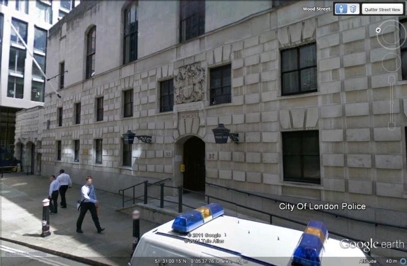 STREETVIEW: Les Postes de Police Police12