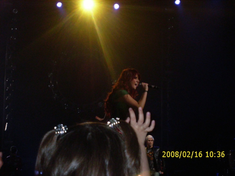 Dulce Maria-slike sa koncerata 03214