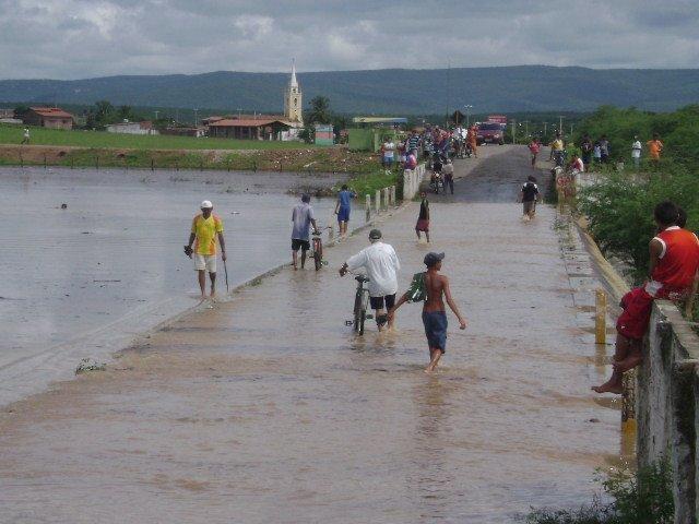 Chuvas de 2008 Atcaaa13