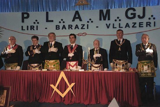 histori - Histori e shkurter e levizjes Masonike ne Shqiperi 42834210