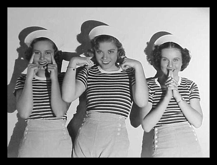 THREE SMART GIRLS 65643510