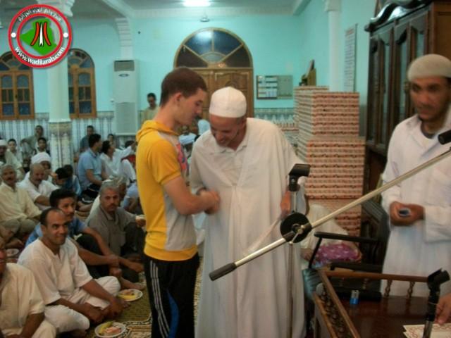 صور الاحتفال بليلة 27 رمضان 1432 بمسجد عبد الحميد بن باديس (زريبة الوادي) 2010