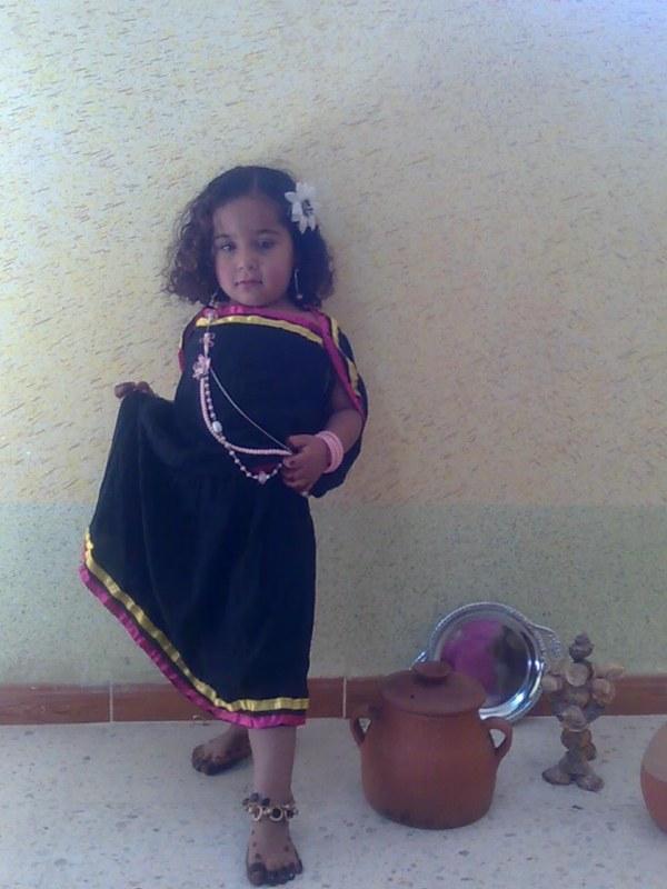 الحولي لباس تقليدي لأهل وادي سوف 27656210