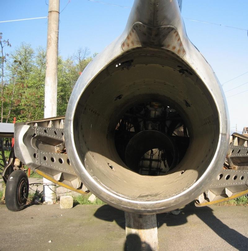 MiG-15 Catali17