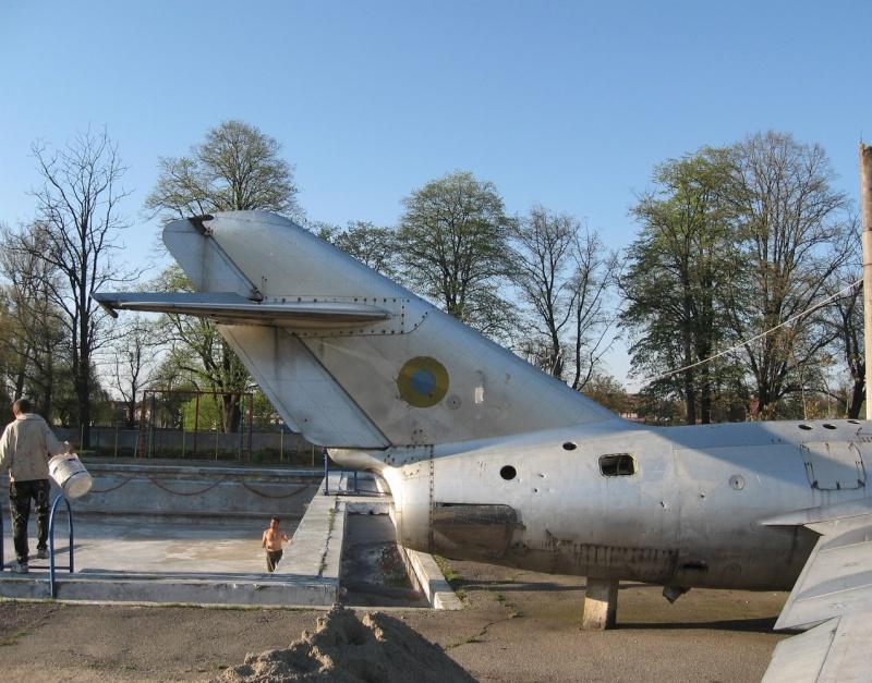 MiG-15 Catali20