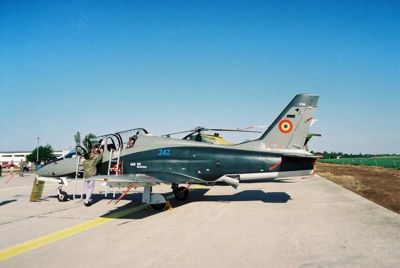 Aeronave militare - Pagina 2 Cadrul15