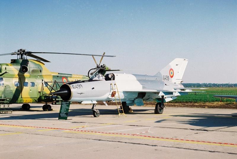 Aeronave militare - Pagina 2 Cadrul18