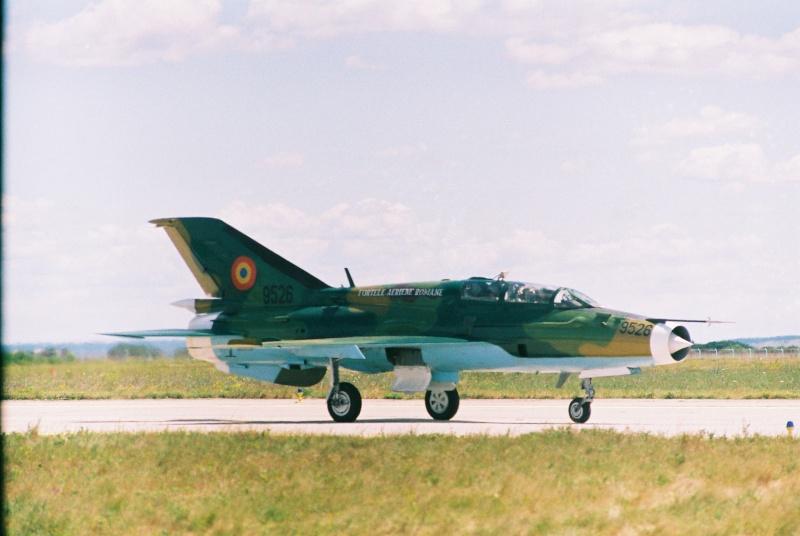 Aeronave militare - Pagina 2 Cadrul19