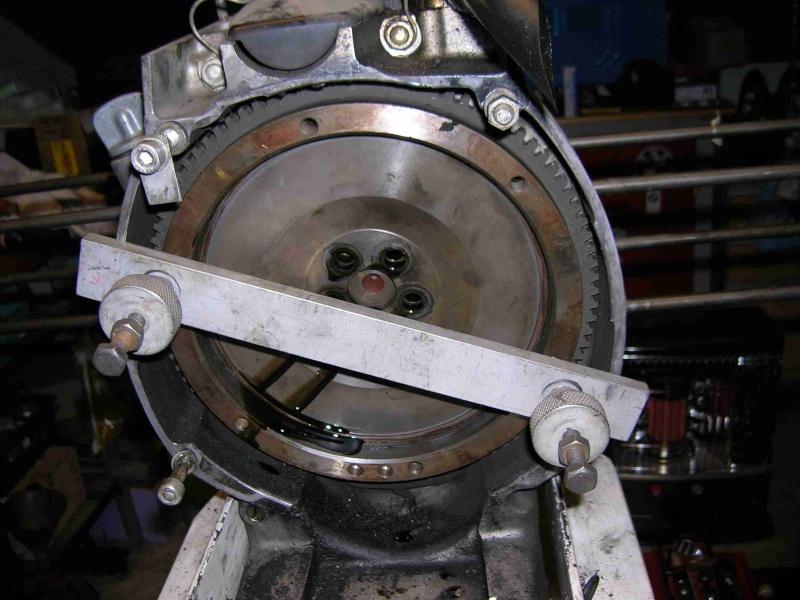 Dépose de l'embrayage et du volant moteur Dapose10