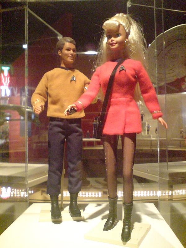 MATTEL - BARBIE & KEN - STAR TREK 30ème Anniversaire Mattel10
