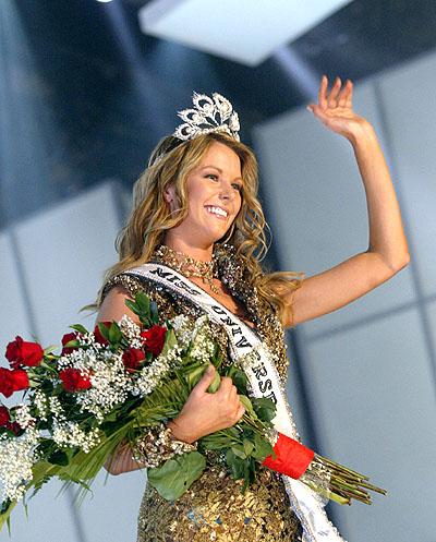 Các Hoa hậu Hoàn vũ từ trước đến nay 54-xin10