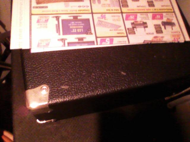 Terror dos baixistas, minha empregada colocou o ferro quente em cima do meu Hartke! 06300816