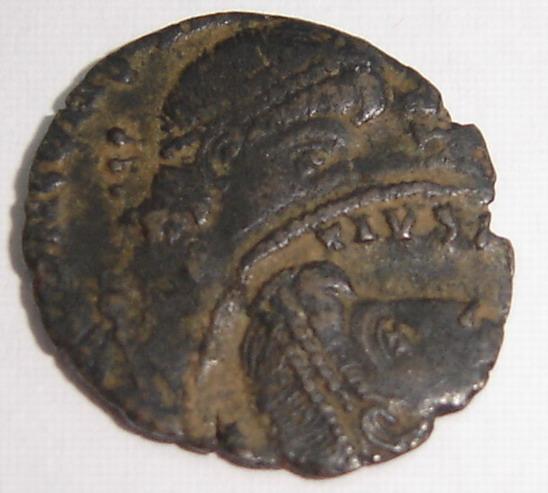 Les erreurs des monétaires sur les monnaies romaines - Page 4 1_resi10